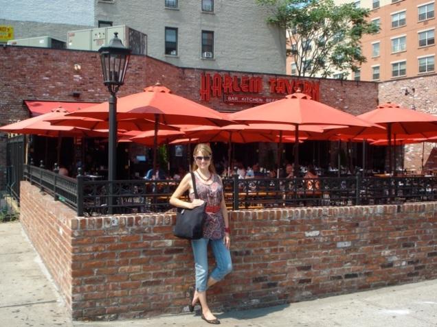 in front of harlem Tavern