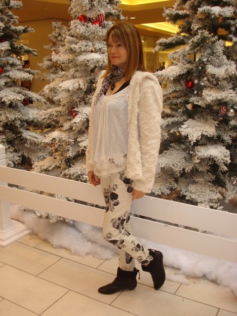 faux fur and floral skinny jeans 2
