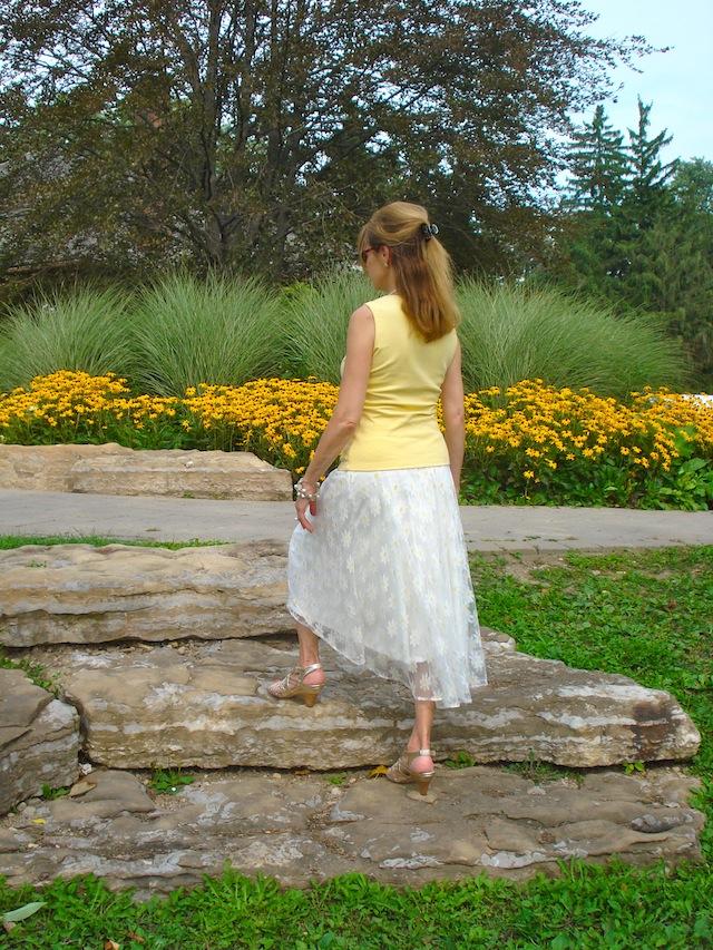 daisy lace skirt 2