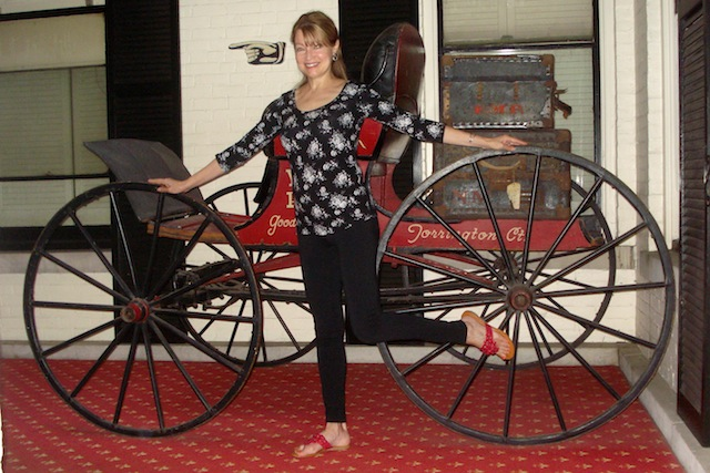 old horse carriage
