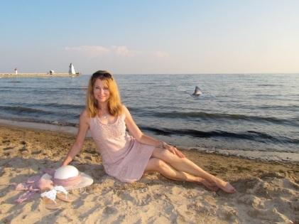 carmen-on-beach