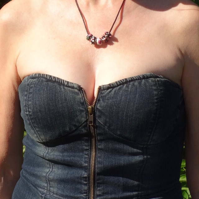 bustier closeup and necklace