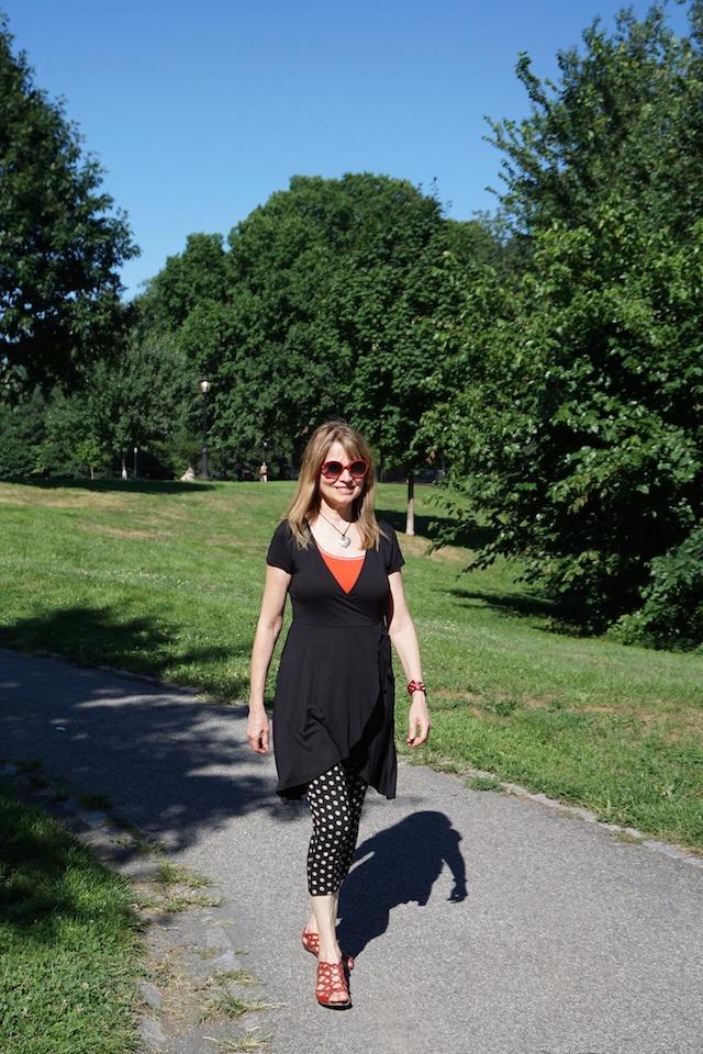 strolling 1