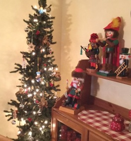 tree and nutcrackers