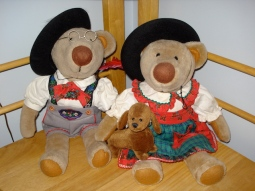 Hansel and Gretel in their German outfits