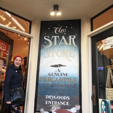 Star Store_Jean