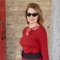 SLOW FASHION: Burgundy and Black